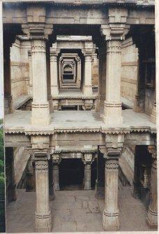 Dada Hari Vav (2)
